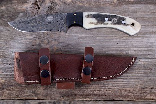 M.T. Knives Bozeman Grizzly Bear & Damascus Knife