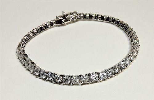 FINE 10.26ct Diamond & Platinum Tennis Bracelet