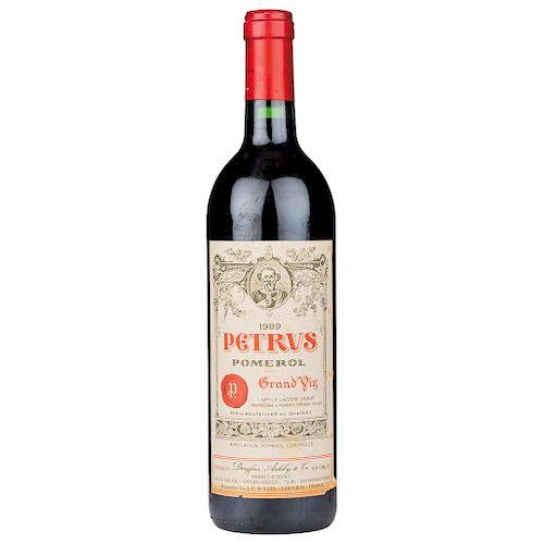 Petrus. Cosecha 1989. Grand Vin. Pomerol. Nivel: llenado alto.