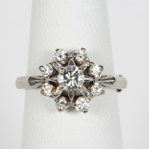 18k White Gold & Diamond Floral Motif Ring