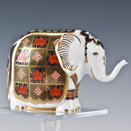 ROYAL CROWN DERBY ANIMAL FIGURINE, ELEPHANT
