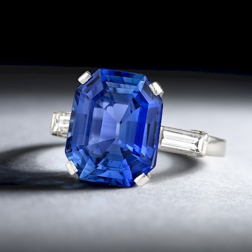Van Cleef & Arpels 5.32-Carat Unheated Ceylon Sapphire Ring