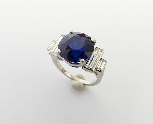 6 Carat Kashmir Sapphire and Diamond Ring