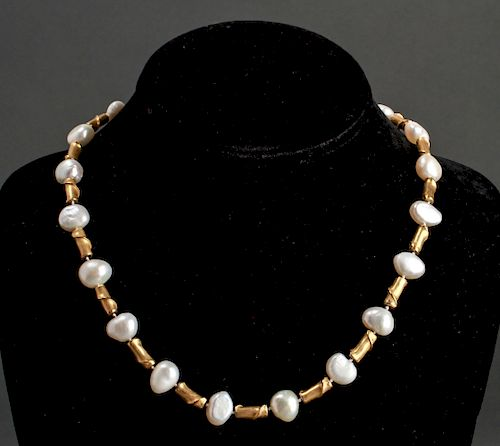 18K Yellow Gold & Freshwater Pearls Necklace