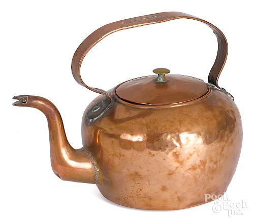 Dovetailed copper kettle, early, 19th c.