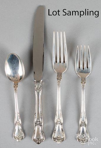 Lunt sterling silver flatware service for twelve