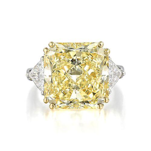 Graff 15.01-Carat Fancy Light Yellow Diamond Ring