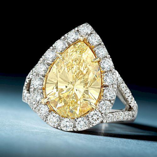 5.98-Carat Fancy Light Yellow Pear-Shaped Diamond Ring