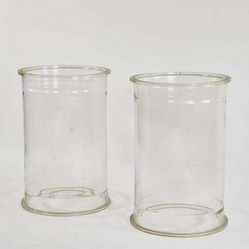 GLASS CYLINDERS/PLINTHS
