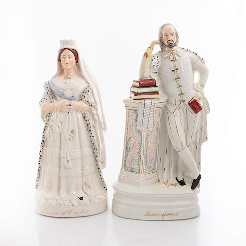 2 ENGLISH STAFFORDSHIRE POTTERY FIGURES, QUEEN AND BARD