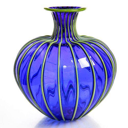 CONTEMPORARY ART GLASS VASE