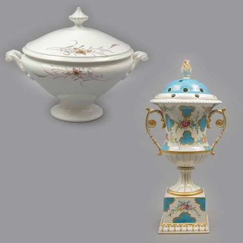 Sopera y tibor. Siglo XX. Elaborados en porcelana, uno Sèvres. Uno decorado a mano. 30 x 38 x 30 cm y 43 x 20 x 18 cm.