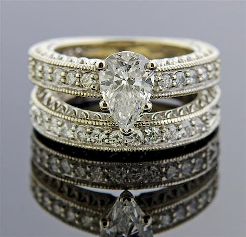 Platinum 1.52ct Pear Diamond Wedding Bridal Ring Set