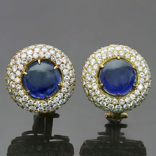 HARRY WINSTON Exquisite Diamond Blue Sapphire 18k Yellow Gold Dome Earrings