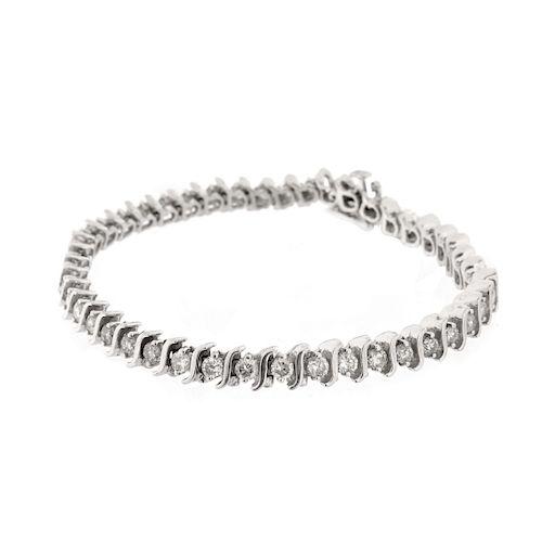 Diamond and 14K Gold Tennis Bracelet