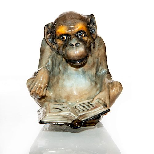 ROYAL DOULTON FIGURINE, CHARACTER APE WITH BOOK HN960