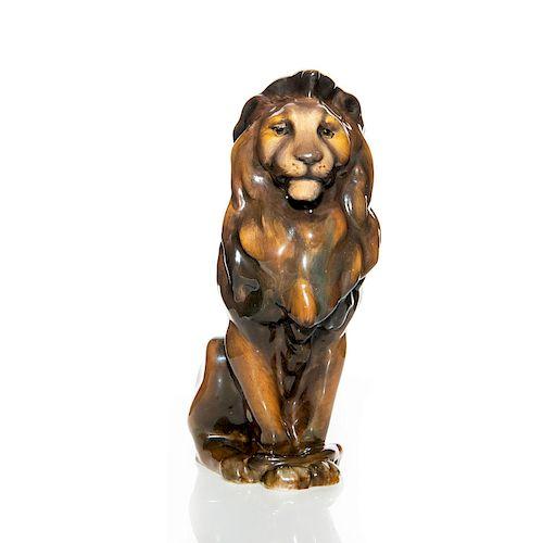 ROYAL DOULTON ANIMAL FIGURINE, SEATED LION HN223