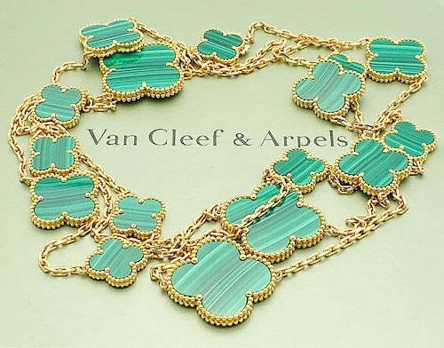 VAN CLEEF & ARPELS 18K MAGIC ALHAMBRA 16 MOTIFS