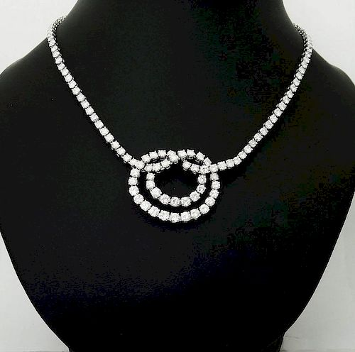Van Cleef & Arpels Plat 950 20 Carat Diamond Necklace