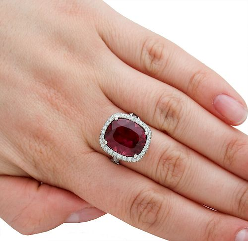 18k Gold 9.50 Ct Tourmaline Diamond Ring Size 6.75
