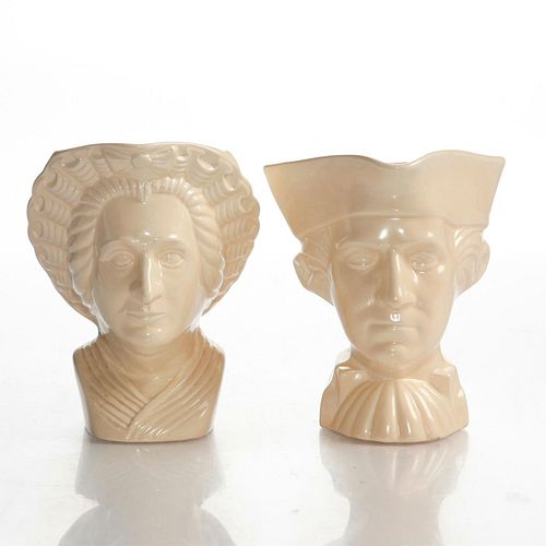 WORLDS FAIR POTTERY GEORGE & MARTHA WASHINGTON CREAMERS