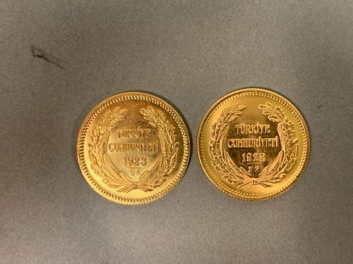Two Turkish gold coins, 1923, 14.5 grams