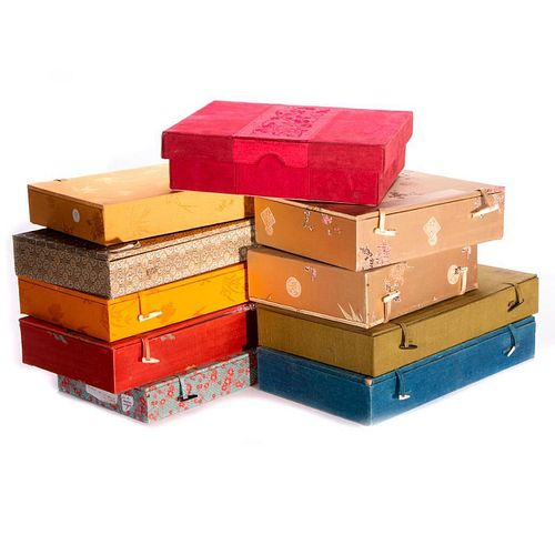 Lot of Asian collection boxes.