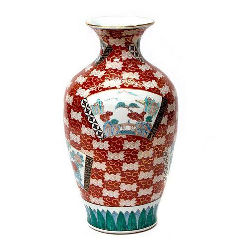 A large Japanese Imari vase.