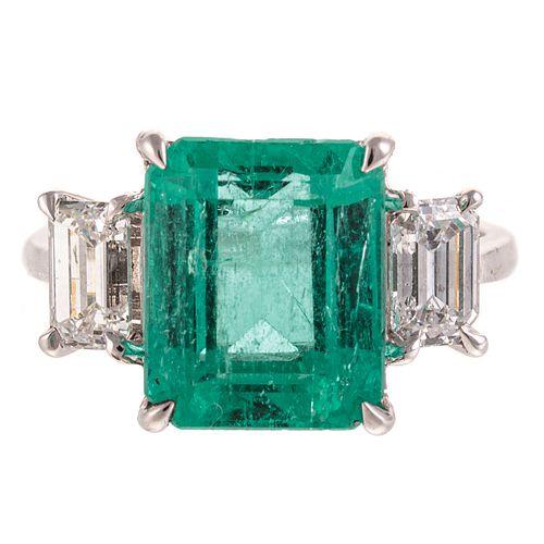 A Colombian Emerald & Diamond Ring in 18K