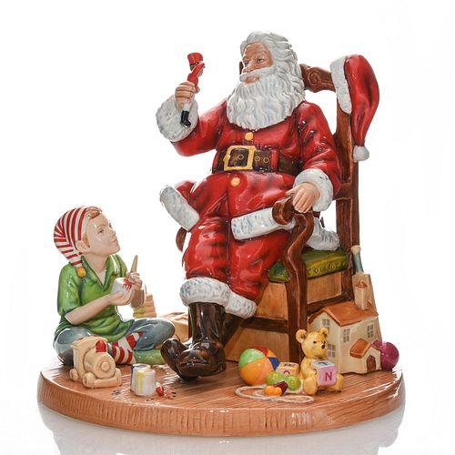 FATHER CHRISTMAS HN5436 - ROYAL DOULTON FIGURINE