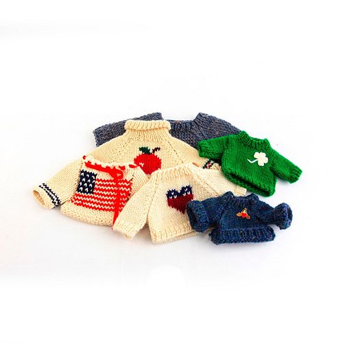 SET OF 6 TEDDY BEAR/DOLL KNITTED SWEATERS