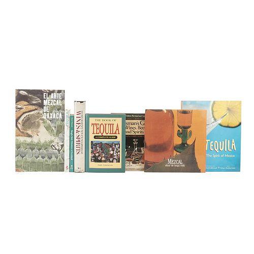Books on Destillates. New Encyclopedia of Wines & Spirits/ Tequila/ Mezcal/ El Arte Mezcal de Oaxaca/ Single - Malt... Pieces: 8.