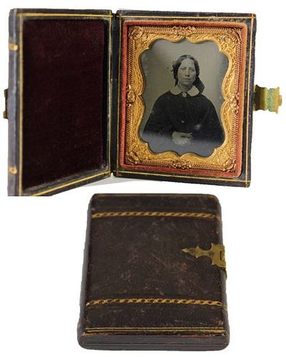 U.S. Leather Case & Ambrotype, Buckle Clasp