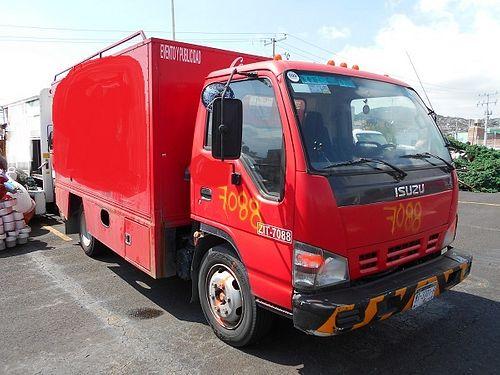 Camión Isuzu ELF450 2007