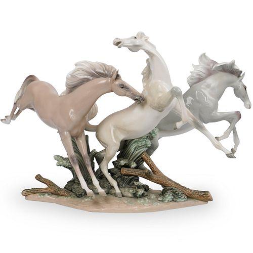 "Lladro ""Horse Group"" Porcelain Figurine"