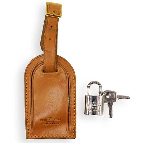 (2 Pc) Louis Vuitton Lock and Key with Tag