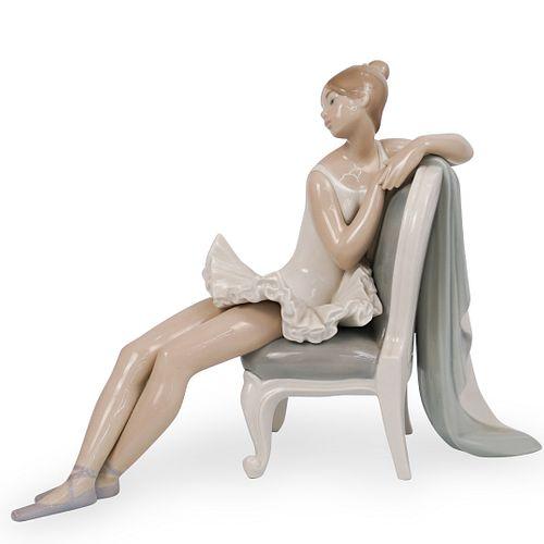 "Lladro ""Ballerina"" Porcelain Figurine"
