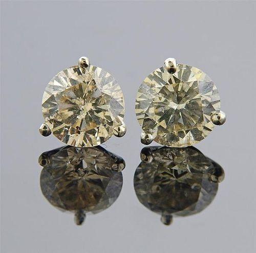 14K Gold 2.70ctw Diamond Stud Earrings