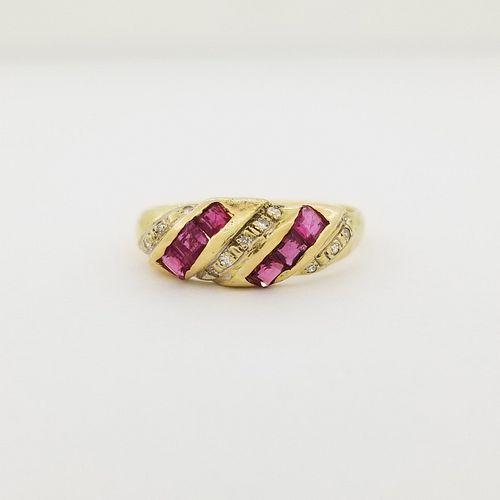 14k Gold Ruby & Diamond Ring