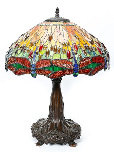TIFFANY STYLE STAINED GLASS DRAGONFLY TABLE LAMP