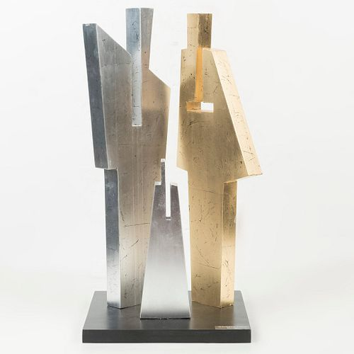 Alejandro Coeto (México, 1956- ) Sin título. En talla de madera. Con recubrimiento de hoja de oro y plata. Base de madera co...