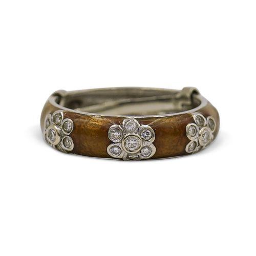18k Gold, Diamond and Enamel Ring