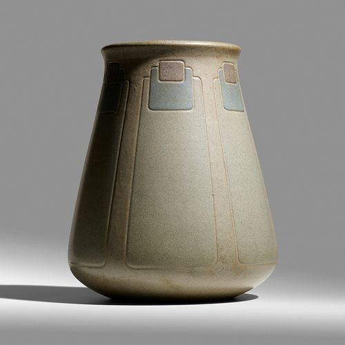 Arthur Baggs for Marblehead Pottery, Monumental vase with conventionalized peacock feathers