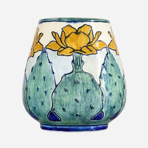 Marie Ross for Newcomb College Pottery, Early vase with cactus blossoms