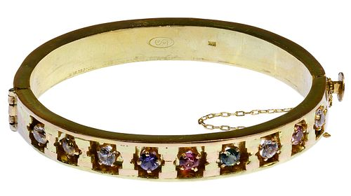 18k Gold and Sapphire Hinged Bangle Bracelet