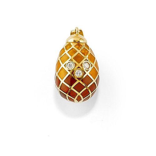 A 18K yellow gold, enamel and diamond pendant