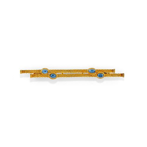 A 18K yellow gold and sapphire brooch