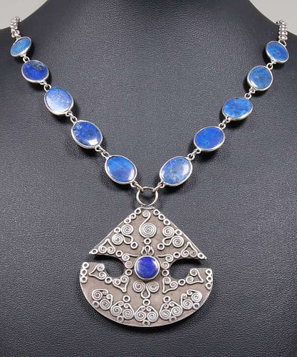 Arts & Crafts Sterling Silver & Lapis Necklace c1910