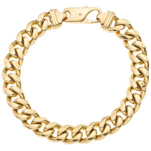 Bracelet in 18k yellow gold. Weight: 81.6 g. Length: 21.5 cm