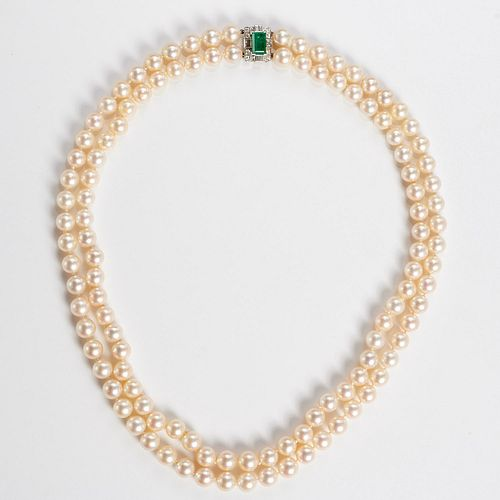 Double strand cultured pearls with emerald clasp